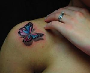 tatuaggio-in-3d-farfalla-sulla-spalla