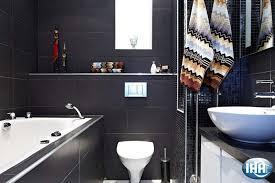Decorare il bagno come rendere più belle le pareti