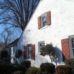 Dipingere le pareti esterne di una casa: come scegliere il colore più adatto