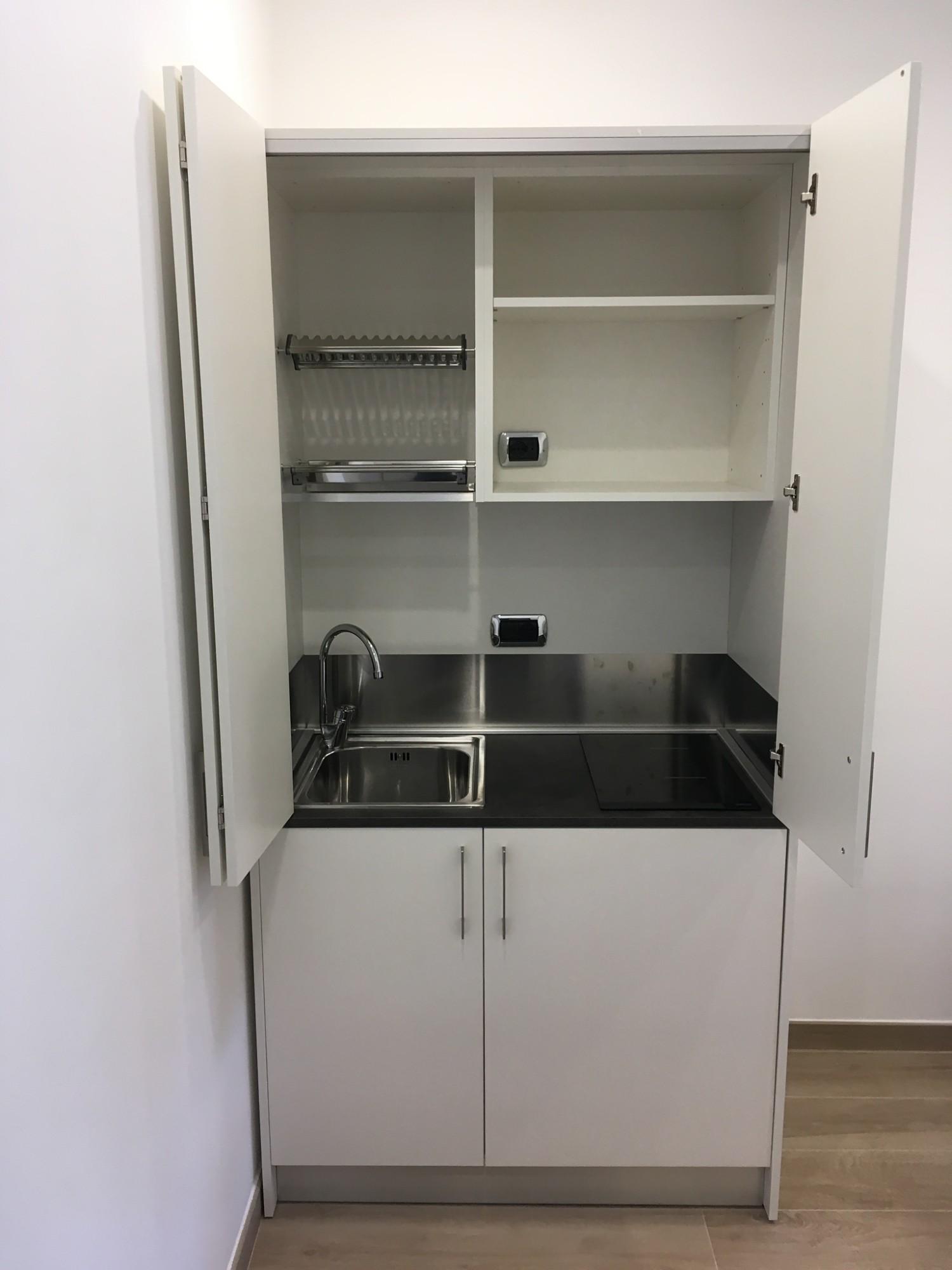 Mobili per la cucina: le soluzioni salvaspazio